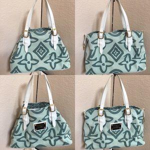 RETIRED ✅FINAL PRICE✅Louis Vuitton green